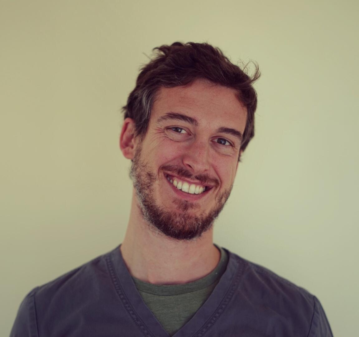 Dr. Luca Petagna